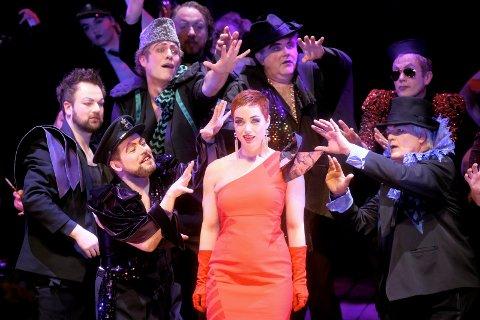 Operaen i Kristiansund får 16,2 millioner kroner fra staten til å drive musikkteater. Bildet er fra «La Bohème» i Kristiansund i fjor.
