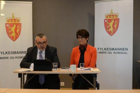 Fylkesmannen i Møre og Romsdal Lodve Solholm og assisterende fylkesmann Rigmor Brøste.