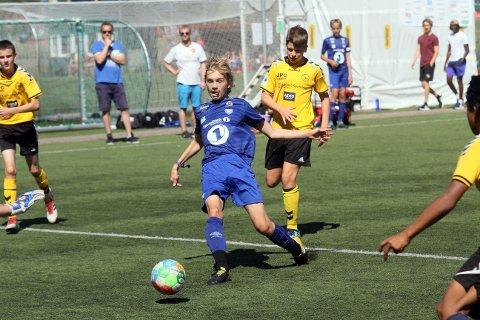 VANT IGJEN: Sander Mjønes og Dahle/Nordlandet har så langt feid all motstand til side i Norway Cup.