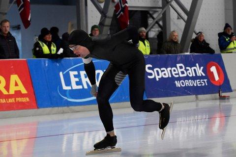 KALDT: Ludvig Storvik satte personlig rekord på 500 meter, men følte det ble litt for kaldt til å perse på 1.500 meter.
