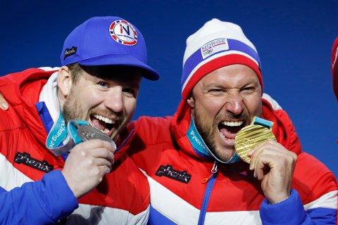 Kjetil Jansrud (t.v.) og Aksel Lund Svindal to gull og sølv under VM i utfor i svenske Åre lørdag. Bildet er tatt i OL i Pyeongchang i fjor.