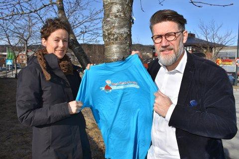 OVERTAR: Tom Godtland er ny styreleder i Norsk Vandrefestival. Han tar over etter Ragnhild Godal Tunheim som har vært styreleder siden starten for ti år siden.