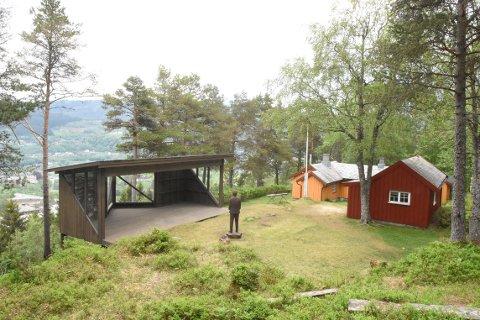 BEVARE: Nordmøre museum får 200.000 kroner som skal brukes på å istandsetting og restaurering av dikterhjemmet Kleiva i Surnadal.