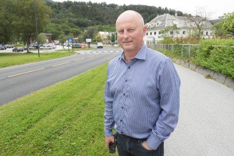 OPP FRA SKUFFEN: Kommunedirektør Knut Haugen anbefaler politikerne å ta opp igjen arbeidet med reguleringsplan for Skei.