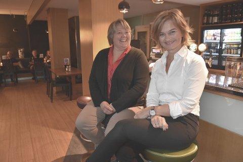 Anett Ranes (til venstre) og Margrethe Svinvik var ordførerkandidater for henholdsvis Arbeiderpartiet og Senterpartiet, og er selvsagt blant politikerne som skal sitte i kommunestyret de neste fire årene.