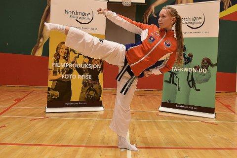 Una Langeland Gravvold er en av tre utøvere fra Surnadal taekwondoklubb som er tatt ut i den norske troppen som skal til EM i Spania i november.