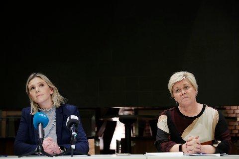 Partileder Siv Jensen og nestleder Sylvi Listhaug i Frp etter dagens sentralstyremøte, hvor fylkesleder Geir Ugland Jacobsen i Oslo Frp ble ekskludert fra partiet.