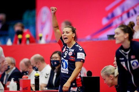 Nora Mørk og Norge kjørte rundt med Tyskland i håndball-EM lørdag.