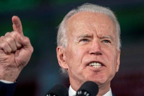 Med over 48 prosent av stemmene vant Joe Biden en overbevisende seier i primærvalget i South Carolina og slår tilbake mot rivalen Bernie Sanders.