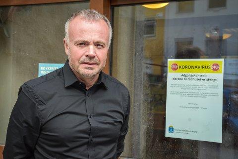 Kristiansund-ordfører Kjell Neergaard skjønner ikke hva Torgeir Dahl ønsker å oppnå med helgens uttalelser.