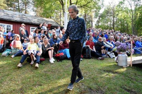 Årets Vårsøghelg blir avlyst som følge av koronasituasjonen. Her ser vi «Vårsøghelgas far», Henning Sommerro fra en tidligere vårsøghelg.