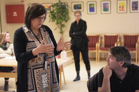 MÅ LEGGE NED: Kommunalsjef Astrid Mogstad Høivik har sendt ut melding til foreldrene om at Todalen skole må legges ned fra neste høst.