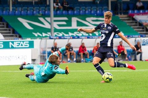 Sondre Sørli og KBK lekte seg med Aalesund søndag. Nå venter Haugesund på bortebane.