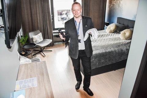 POPULÆRE MÅL: Håndklær og fjernkontroller er populære mål for mange av hotellgjestene, informerer opplyser Roger Bach.