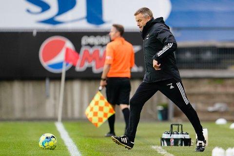 Rosenborgs trener Trond Henriksen i eliteseriekampen i fotball mellom Rosenborg og Stabæk på Lerkendal Stadion.