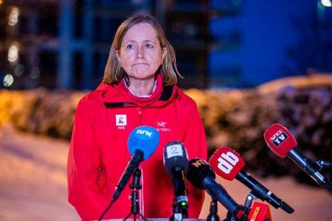 Toril Hofshagen fra NVE  holder pressebrief om jordskredet som har tatt flere hus i  Ask i Gjerdrum.