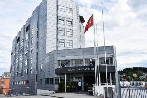 Hotellkjeden Scandic – som også har hotell i Kristiansund – iverksetter oppsigelser som berører 300 årsverk.