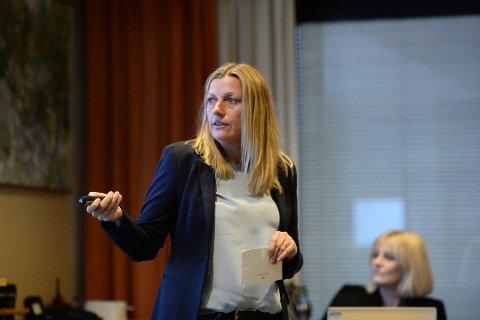 Økonomidirektør Heidi Nilsen ble i november ansatt som viseadministrerende direktør i Helse Møre og Romsdal. Nå skal hun lede prosjektstyret for det nye sykehuset på Hjelset.