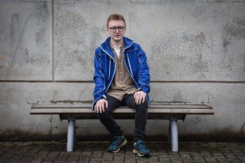 Kasteball: Lasse Alexander Honningsvåg har opplevd å føle seg som en kasteball i det norske helsevesenet. Nå er han med i et prosjekt som skal gi bedre og mer effektiv hjelp til barn og unge.