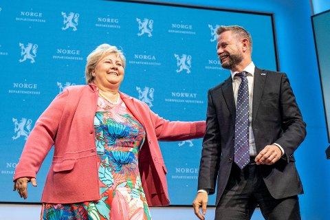 I løpet av Erna Solbergs regjeringstid har 46 ulike personer vært statsråder. Fem personer har vært justisminister, fem har vært olje- og energiminister. Kun Bent Høie har sittet ved samme post hele veien.