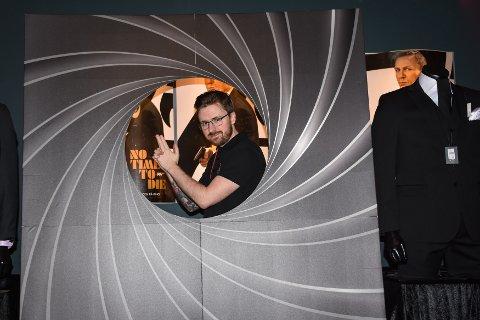 Lisence to thrill: Tony Ulv Steira er godt fornøyd med Bond-tallene etter åpningshelgen.