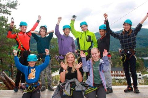Ungdommen i Halsa 4H er aktive gjennom hele året. Lørdag fikk de ungdommens kulturpris i Heim.
