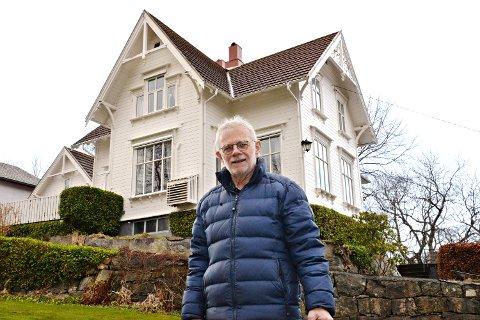 Dag Olsen kjøpte villaen i Hagbart Brinchmannsvei 1 i Kristiansund i 1975. Huset er mest sannsynlig bygd i 1893.