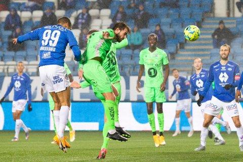 Christoffer Aasbak og KBK skal til Molde i første serierunde.