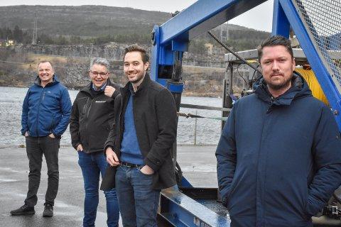 Fusjonerer: Nils-Erik Pettersen (fra venstre) og Frank Ellingsen i OceanFront forener krefter med Magnus Stranden og Aleksander Bøe Sandøy i eSEA Marine. Nå satser de internasjonalt.