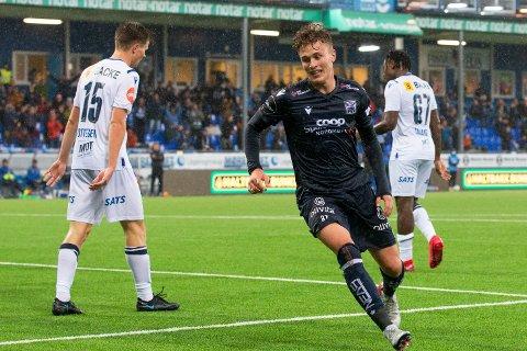Oskar Sivertsen scoret da Norge U17 tok en sterk seier mot Russland.