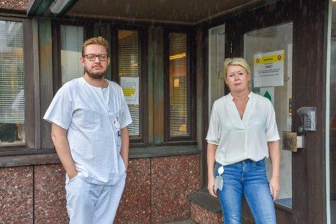 Johan Kippervik, avdelingssjef for fødeavdelingene i Molde og Kristiansund, og Carina Wollan Myhre, assisterende klinikksjef for Klinikk SNR, sier at fokuset den siste tiden har vært på drift. Det har ført til for dårlig oppfølging av sykmeldte, sier de.