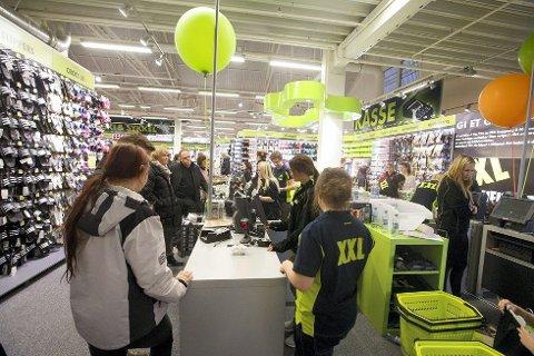 I Tønsberg har flere sportsbutikker blitt lagt ned etter at XXL åpnet i byen. I juni kommer varehuset til Sandefjord.