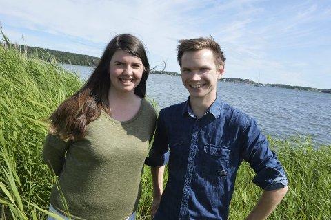 Gleder seg: Leder i Vestfold AUF Johanne Oddli (21) og nestleder Fredrik Christensen (23) gleder seg til å møte andre ungdommer på Utøya i sommer. Foto: Per Gilding