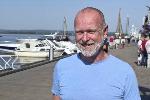 FORNØYD: Kulturhusleder Einar M. Schistad.