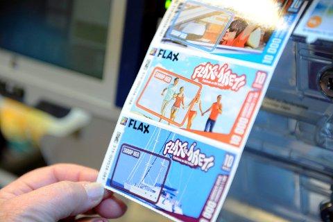FOR ALLE: Spenning også inni gaven! Flax-lodd er egnet til både små og store kalenderbarn.