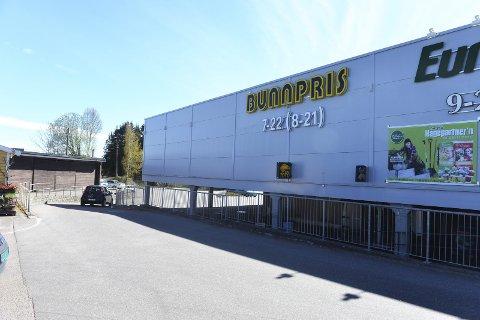 Snart slutt: Ved månedsskiftet stenger Bunnpris-butikken i Semsbyen dørene for siste gang. Kjeden er dermed helt ute av Vestfold.           Foto: Per Gilding