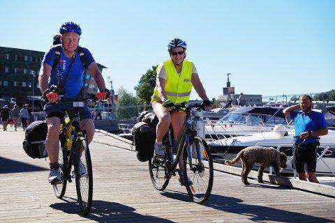 Kjell Haugene og Elisabeth Sundby tar sykkelen fatt i sommerferien.