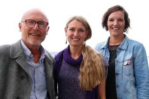 KANDIDATER: SVs medlemmer i Vestfold skal nå stemme over hvilke av de tre kandidatene i partiet de vil ha som SV Vestfolds stortingskandidat i 2017. Fra venstre: Lars Egeland fra Tønsberg, Grete Wold fra Holmestrand og Elin Dahling fra Larvik.