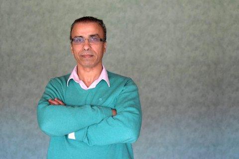 Imam Noureddine Bouhmala ved Islamsk forening i Tønsberg synes det er positivt at det legges til rette for muslimsk gravferd på Nøtterøy, men han vil at området skal adskilles fra gravplasser for andre religioner.