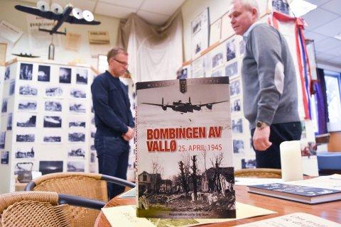 SOLID: Harald Høibacks og Per Erik Olsens bok markerer seg innenfor norsk krigshistorisk litteratur, mener Tønsbergs Blads anmelder.