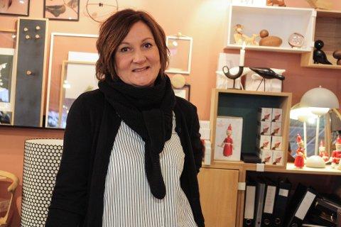 GØY: Selv om de ansatte har mye å gjøre hos Lunehjem.no har de det alltid gøy sammen, sier Randi Otervik.