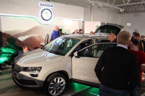 BRA FREMMØTE: Solum Autos forhåndsvisning av nye Skoda Karoq vekket stor interesse.