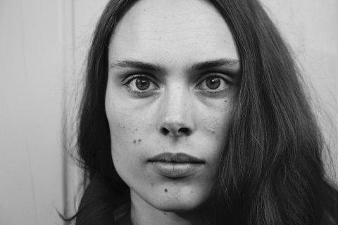 KUNSTNEREN: Andrea Muribø har en bachelor i medium- og materialbasert kunst fra Kunsthøgskolen i Oslo.