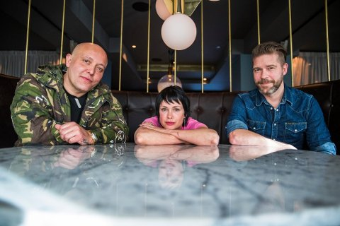 TILBAKE: Rene Dif, Lene Nystrøm og Søren Rasted er for tiden på turné med Aqua.