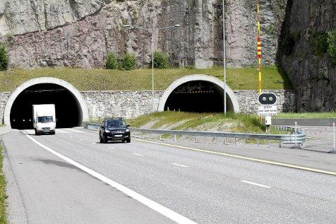 TESTER: E18 mellom Hanekleiva og Helland stenges enda flere netter.