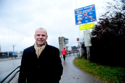 BLOKKERTE MAGDAHL: Kommunestyrerepresentant Egil Koch har blokkert politikerkollega Jørn Magdahl på Facebook. Det får Magdahl til å reagere.