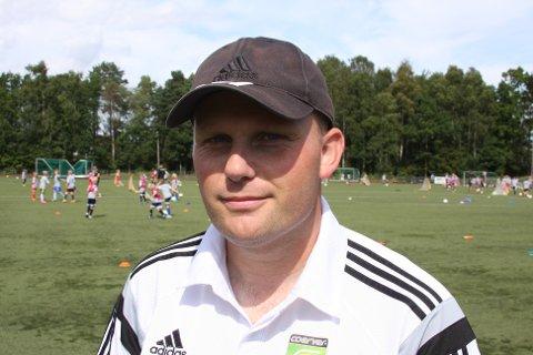 ISLANDSK: Corverinstruktør Heidar Birnir Torleifsson var på Nøtterøy for å trene barn, og for å få nye impulser.