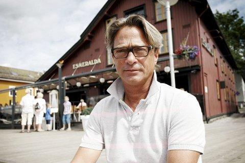 ENDELIG: Daglig leder Svennik Pettersson er glad for at Esmeralda kan åpne dørene igjen.