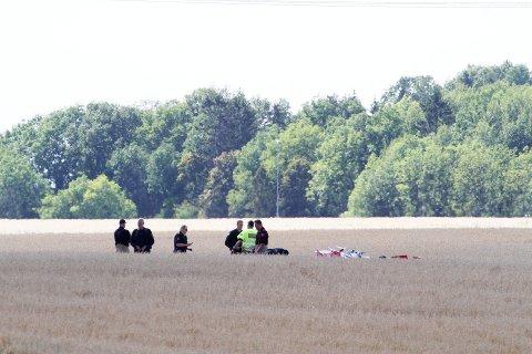 FATALT: To personer omkom da et småfly 22. august 2017 styrtet i nærheten av Ekeberg skole i Holmestrand.