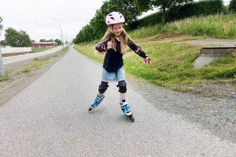 Barn har behov for å leke og oppleve ting. Det sier Lasse Heimdal som er generalsekretær i Norsk Friluftsliv.